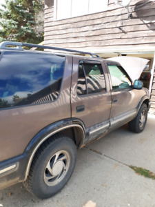 1998 Chevy Blazer for parts