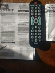 RCA Universal Remote Control-Like new- upto 4 devices