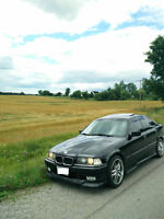 1993 BMW 325i METALLIC BLACK