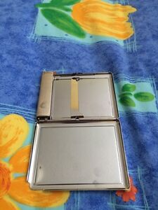 Cigarette case with lighter London Ontario image 2