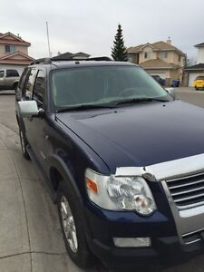 2007 Ford explorer - EXCELLENT CONDITION