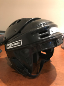 Bauer 1800 Hockey Helmet (size: NBH1500S) for Junior