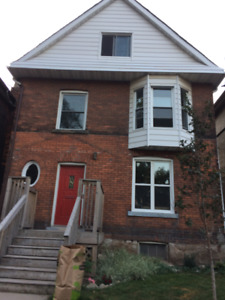 Two Bedroom Apartment for rent in Central Hamilton