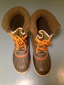 Women's Sorel Winter Boots. Size 9/10