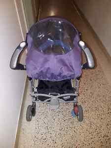 Poussette bébé confort avec landau à vendre West Island Greater Montréal image 3