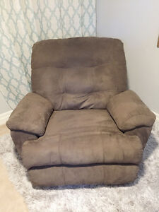 Rocker/Recliner in perfect condition!