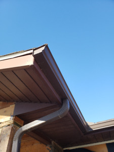 Brown eavestrough, fascia and soffit. Only 4 years old.