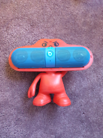 Bluetooth Pill speaker with stand