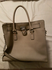 Michael Kors MK Large Hamilton Saffiano Leather Tote Bag