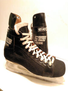 Patins de hockey CCM ST600 (10)