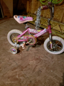 Girls bicycle $10