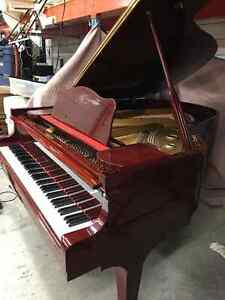 Grand Piano Just in Time for Christmas!