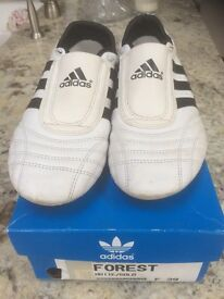 Adidas Forest Hill trainers