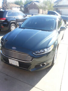 2016 Ford Fusion SE in mint condition
