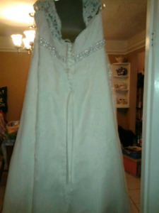 Wedding dresses size 26