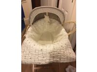 Mamas & papas Millie and boris Moses basket with little green sheep mattress and stand