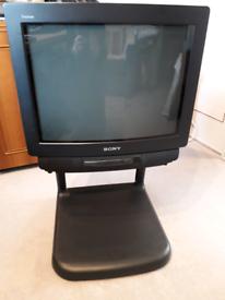 Sony Trinitron KV-M2101U Colour TV for Retro Gaming