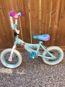 "10"" Girl's Huffy Frozen Bike with Training Wheels"