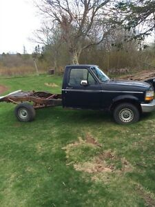 1992 Ford truck with running motor