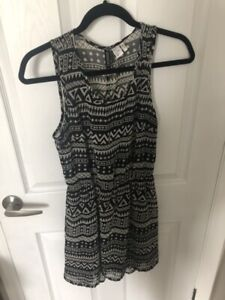 Hm divided dress size 4