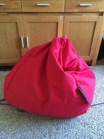 Red sitting bag