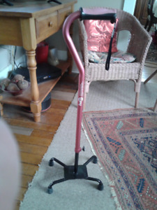 Hugo adjustable quad cane