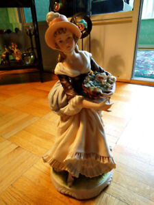 Vintage L'Amour China  Figurine Hand Painted & Made In Japan!