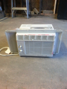 Air conditioner for sale 50.00$ OBO