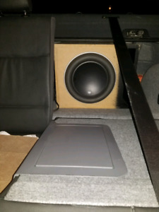 Jl audio w7 12 in ported box with 1.2 farad stinger capacitor