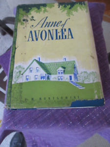 Anne of Avonlea - 1942 1st Canadian Ed.  HC/DJ  Good shape
