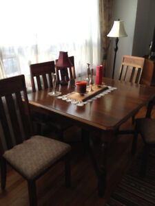 Antique Dining Room Table and Chairs: NEGOTIABLE