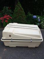 Coffre à bagages (peut livrer)