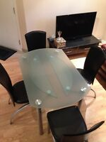 Dinning table set/ table et chaise