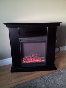 Fireplace, 'Muskoka'- Excellent Condition