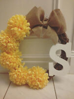 Customizable yellow mum wreath