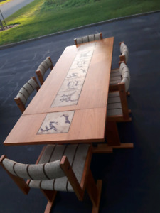New price vintage teak table with inlay tiles and 6 chairs