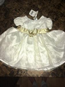 Belle petit robe neuve