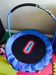 Baby bed , bugaboo cocoon, and more St. John's Newfoundland image 3