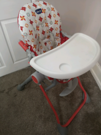 **CHICCO** FOLDABLE HIGHCHAIR