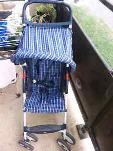 Light weight Costco stroller  Cambridge Kitchener Area image 1