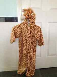 Giraffe costume for 4 to 6 years old