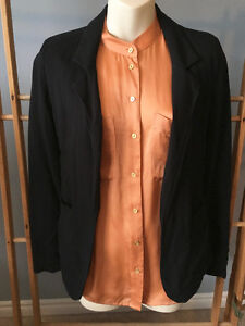 "Aritzia TALULA Black ""KENT"" BOYFRIEND Blazer, Sizes 0/XS and 4/S London Ontario image 4"