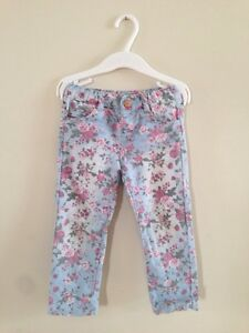 Pants for a girl, size 2-3Y