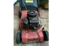 Spares or repair. Sovereign 460 petrol lawn mower with Briggs Stratton sprint 375 engine