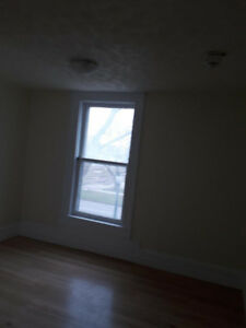 Newly Renovated 2 Bedrooms Apartment for Rent in Good Neighbourh