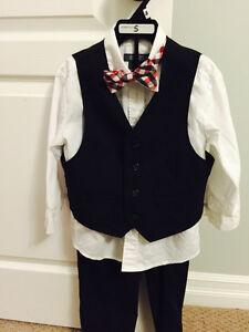 5T Kenneth Cole 4piece suit