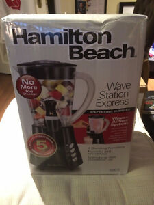 BRAND NEW Hamilton Beach Blender