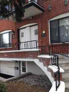 Apartment Upper 5-1/2 Duplex Bright & Spacious + 2 Balcony