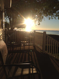 Lakefront Family cottage for rent in Turkey Point