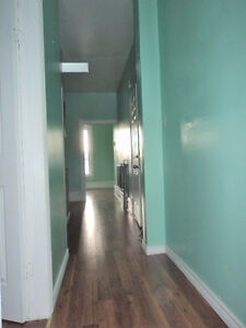2 Bedroom Apartment for Rent in Downtown Cornwall